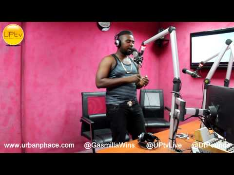 Gasmilla - Freestyle Session With Dr Pounds  [UrbanPhaceTV]