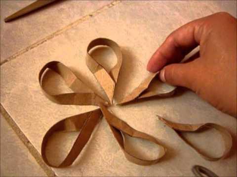 flor con cartones de papel higinico