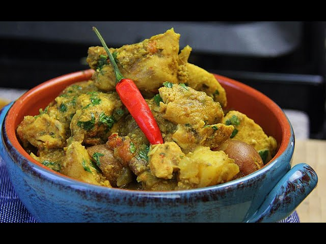 Slow Cooker Curry Chicken With Potatoes | CaribbeanPot.com