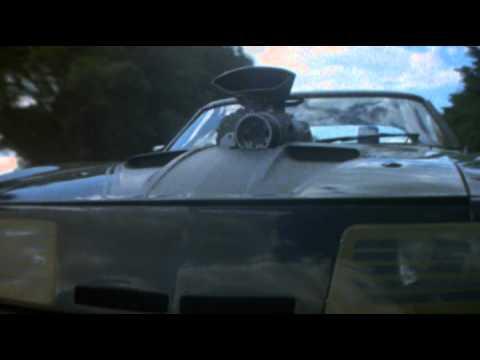 『マッドマックス』シリーズを生んだ鬼才ジョージ・ミラー監督って一体何者?