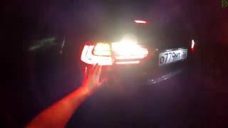 Lexus ES - ночной обзор