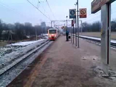 ЭМ2И проезжает платформу Никольское