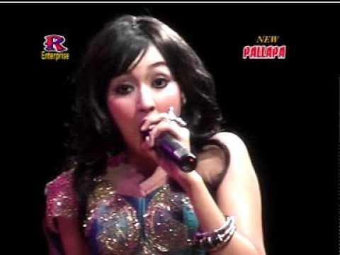 NEW PALLAPA ELSA SAFIRA -  KAWIN CERAI LIVE SAMPANG MADURA