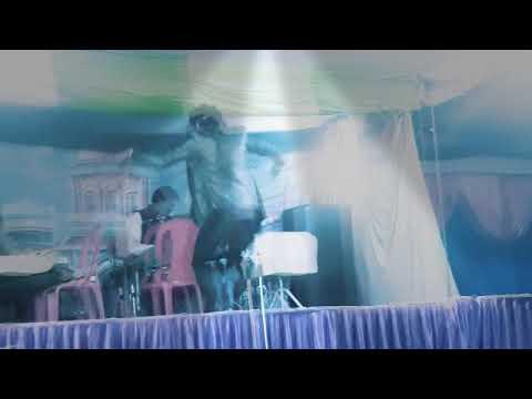 Bahut kathin hai dagar panghat kinaraynpur village in dance aarkestra by Abhishek kumar kushha
