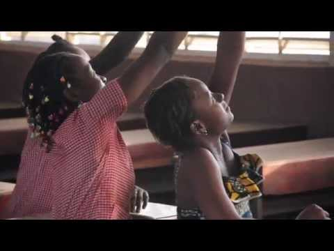 United Nations Mission for Ebola Emergency Response (UNMEER)  |  Back to School in Guinea
