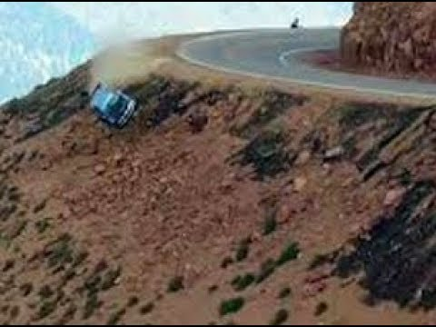 cars-falling-off-cliffs-and-bridges