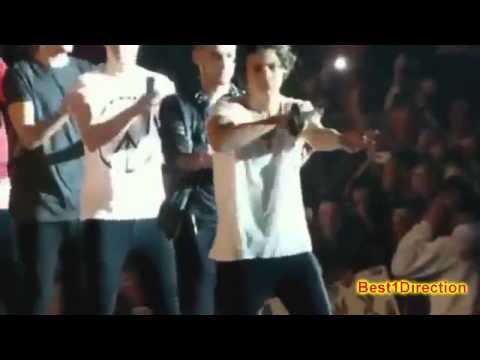 One Direction - Best moments of Take me home tour UK :)