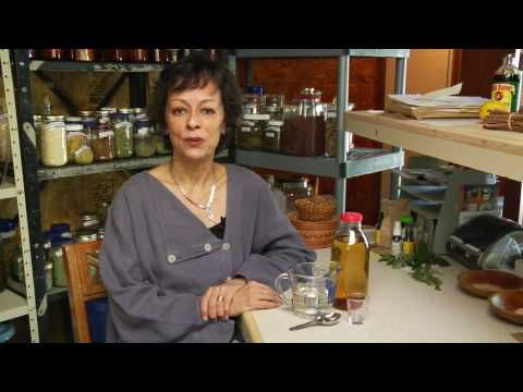 alternative-medicine-&-home-remedies-:-how-to-rinse-hair-with-apple-cider-vinegar