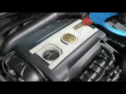 Engine compartment cleaning with the Optima Steamer