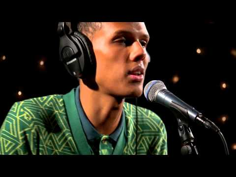 Stromae - Ave Cesaria (Live on KEXP)