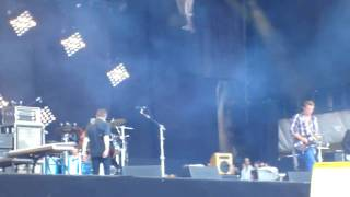 Rock Werchter 2010: Them Crooked Vultures - Scumbag Blues