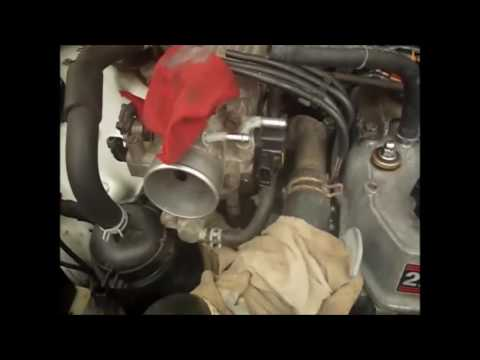 Removal and Repair of 91 22re Throttle Body and Idle Control Valve Part 1