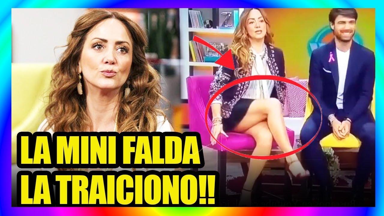 Andrea Legarreta Xvideos incÓmoda minifalda traiciona a andrea legarreta al aire!