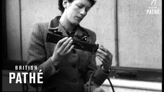 Very early mobile phone prototype (1946)