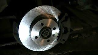 Замена переднего тормозного диска и колодок