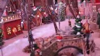 Watch Lee Ann Womack White Christmas video