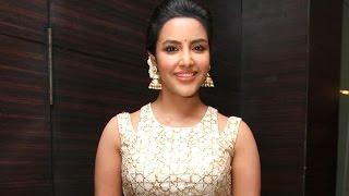 I have a solo song in Oru Oorula Rendu Raja - Priya Anand