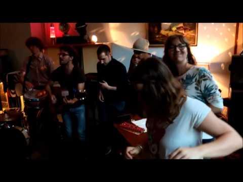 El Cuarto de Tula (Cover Buena Vista social Club) - Alma Sunshine @ Café Eden