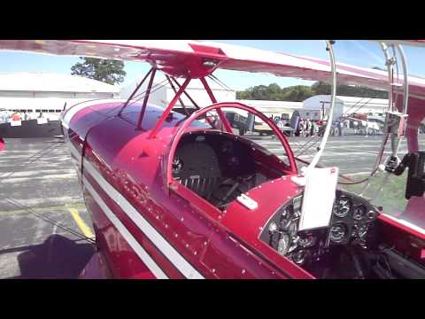 Pitts Special at Wing and Wheels at Wings Field