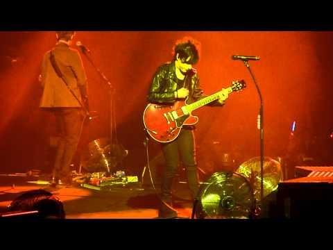 Indochine Paradize+10 Live Zenith Paris 02/02/12 - Le Doigt sur ton étoile + Popstitute HD