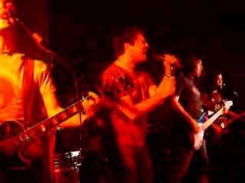 Despistaos - Soportales (directo Granada)