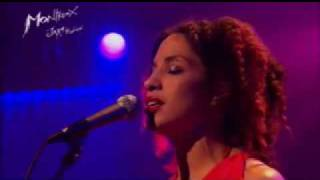 Martina Topley-Bird - Too Tough To Die (Live Montreux 2004)