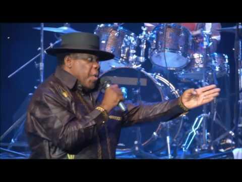 Kanda Bongo Man - Balobi (Live At the Emperors)