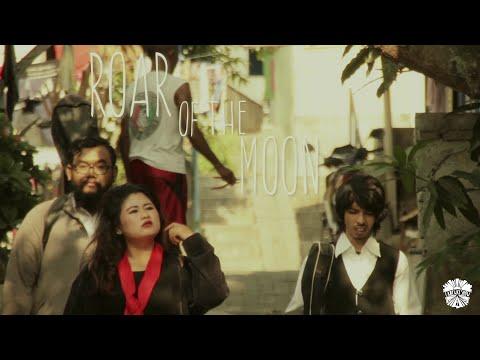"Half Eleven PM Feat. Rarya Lakshito ""Roar Of The Moon"" Live - Laneway Show"