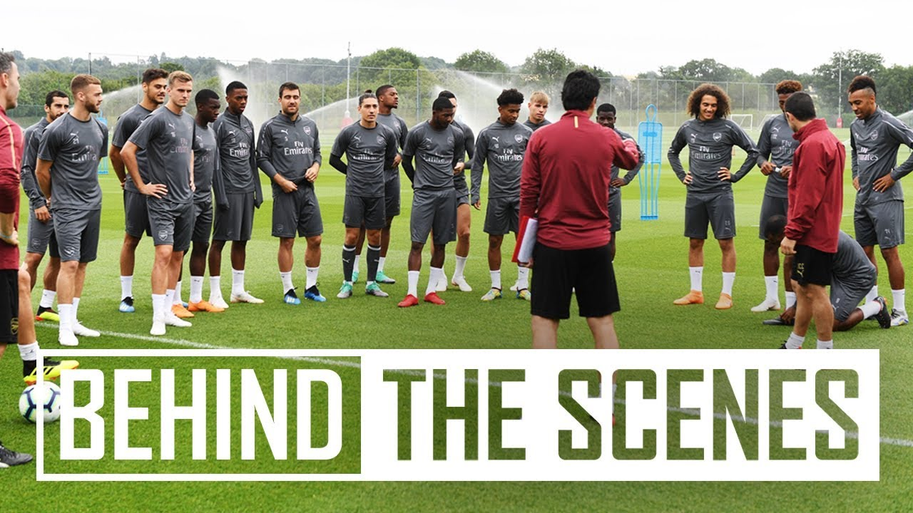 Pre-season exclusive | Unai Emery takes Arsenal stars through drills