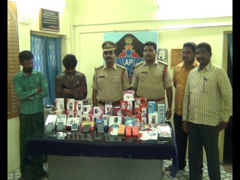 Recovery cell phone from culprit in theft Case of Robertson pet police station Machilipatnam