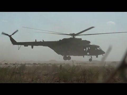 Вертолеты российских ВКС впервые прибыли на военный аэродром в провинции Ракка.
