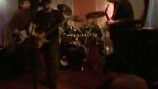 Meridiano -- Agonizar (En vivo en el Pub Oveja Negra, Talca)