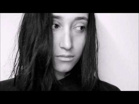 WER BIN ICH? /  Poetry Slam, Surya Biede