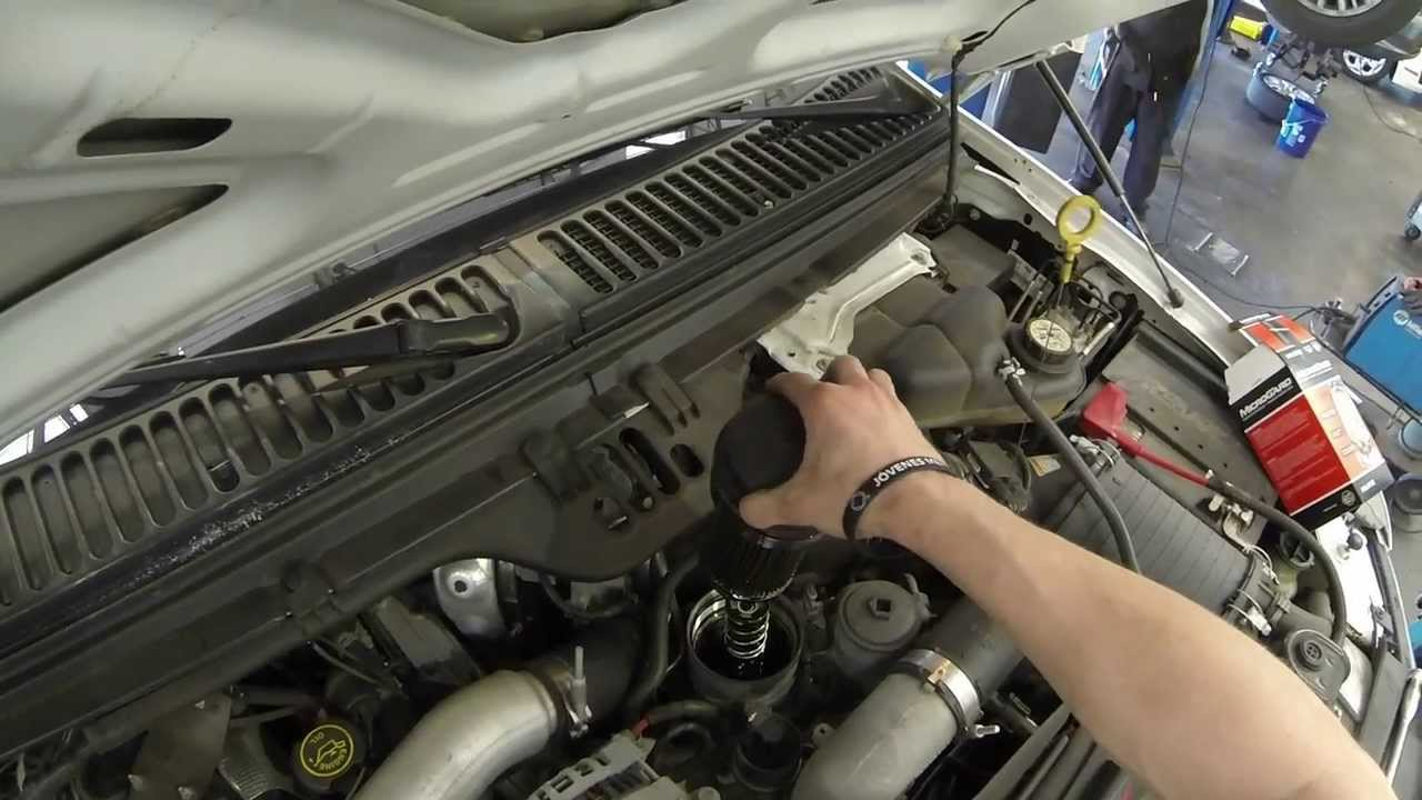 how to do an oil change on a ford powerstroke diesel 6 0 6 4 [ 1280 x 720 Pixel ]