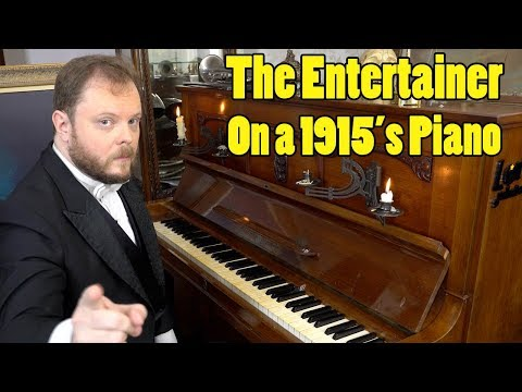 The Entertainer On A 1915´s Piano