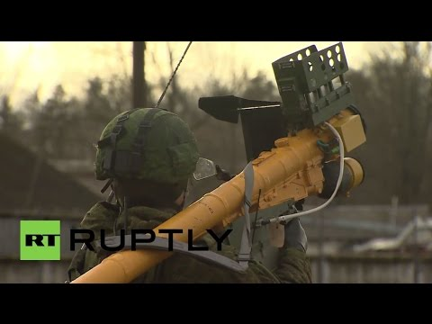 Russia: Air Defence units conduct military training with new