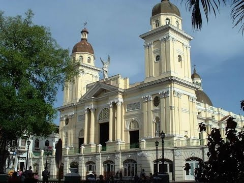 Santiago de Cuba (The amazing cities and towns of Cuba)