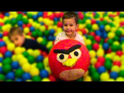 Giant Angry Birds surprise egg toys Ангри Бердс огромный сюрприз игрушки