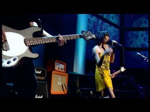 PJ HARVEY - The Letter @Live On Jools Holland Show, 2004 May 28 HD
