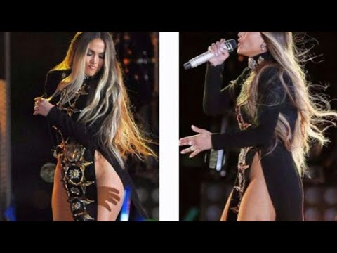 Jennifer lopez salio a cantar sin ropa interior youtube for Descuidadas sin ropa interior