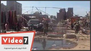 بالفيديو..حى المطرية يخلى محيط الحريق بسوق الخميس من الباعة الجائلين
