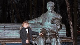 Tchaikovsky <b>Russian</b> dance. Elisey Mysin at the Tchaikovsky grand ...