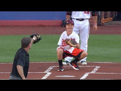 CLE@BAL: Luke Terry, Jim Palmer toss first pitch