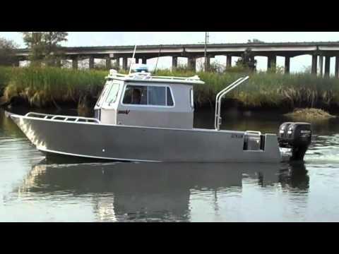 Pacific Boats new 26' Walk Thru Cabin