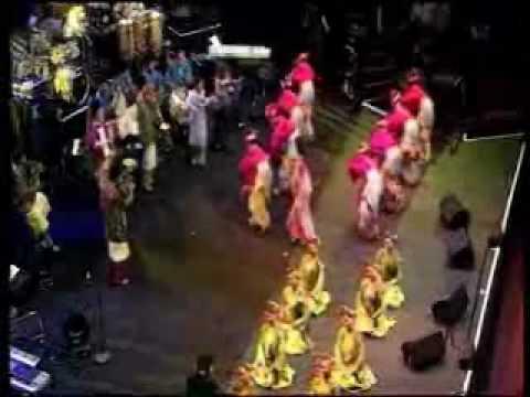Siti Nurhaliza @ Royal Albert Hall - Medley ( Joget Pahang, Joget Berhibur, Joget Kasih Tak Sudah )