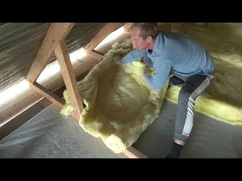 Стройка дома своими руками,утепление потолка.Как утеплить крышу дома самый  дешевый и простой способ