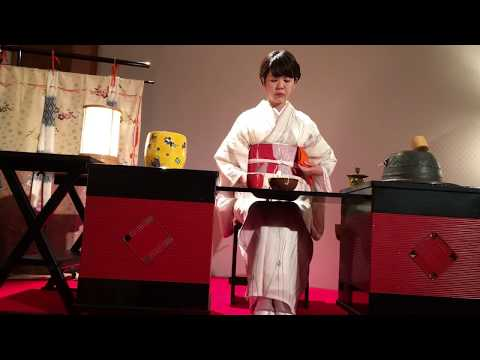 Japanese traditional performing arts #1: Tea Ceremony, Koto and Flower Arrangement