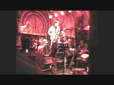 Download The Black Butterflies Perform Levi's Improv Live At Shrine.wmv