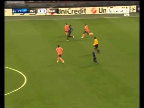 balotelli vs xavi great skill - Inter vs Barcelona 3-1