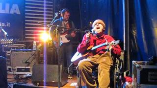Watch Vic Chesnutt Old Hotel video